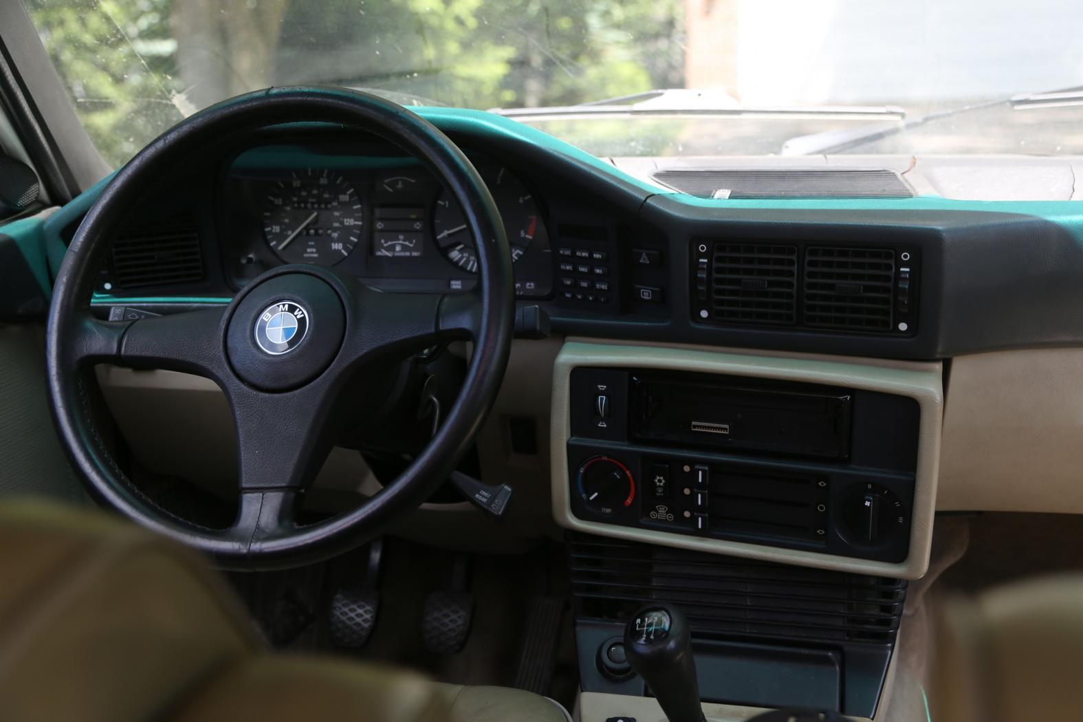 -BMW-E28-5-.jpeg