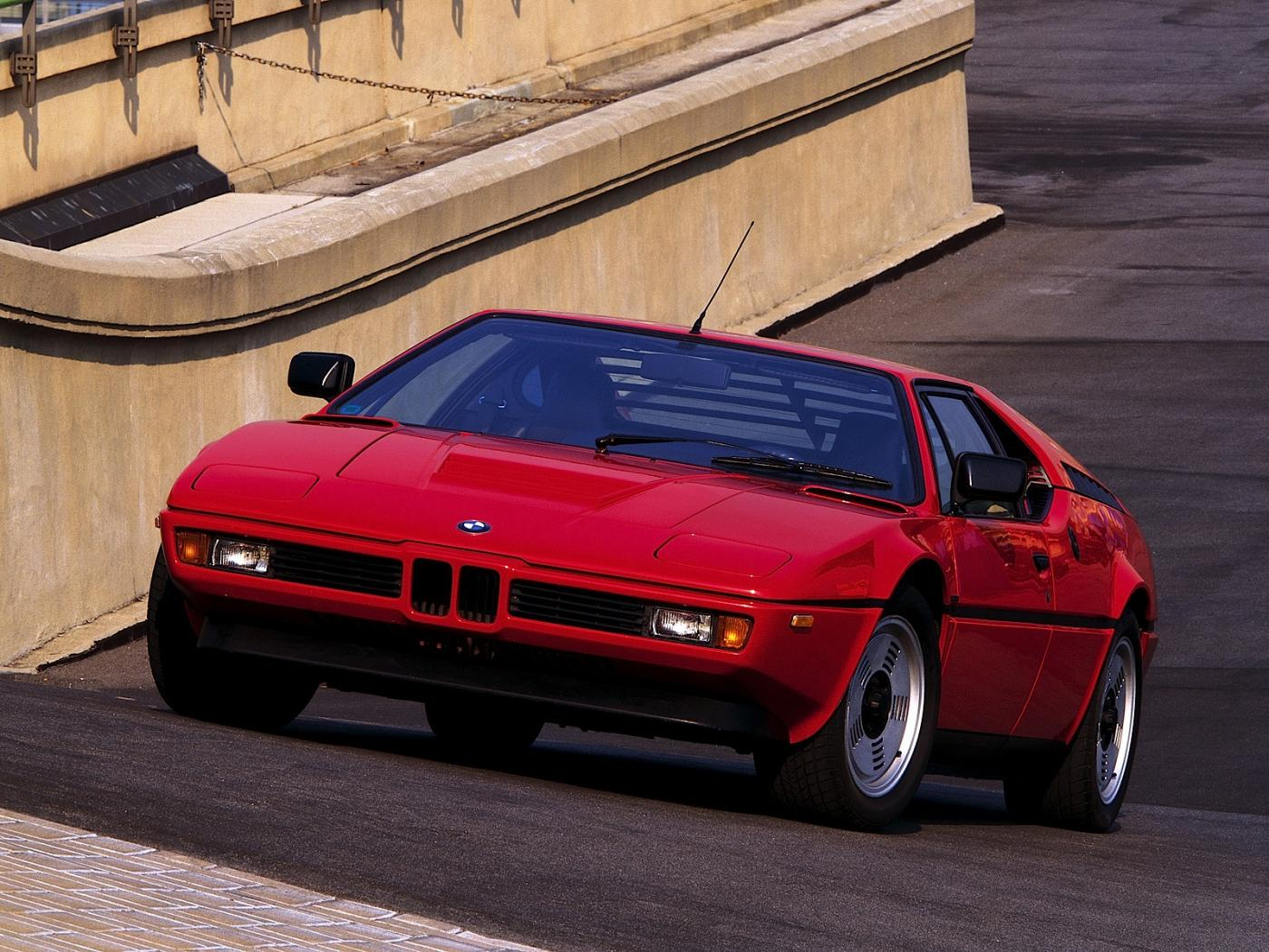 -BMW-M1-.jpeg