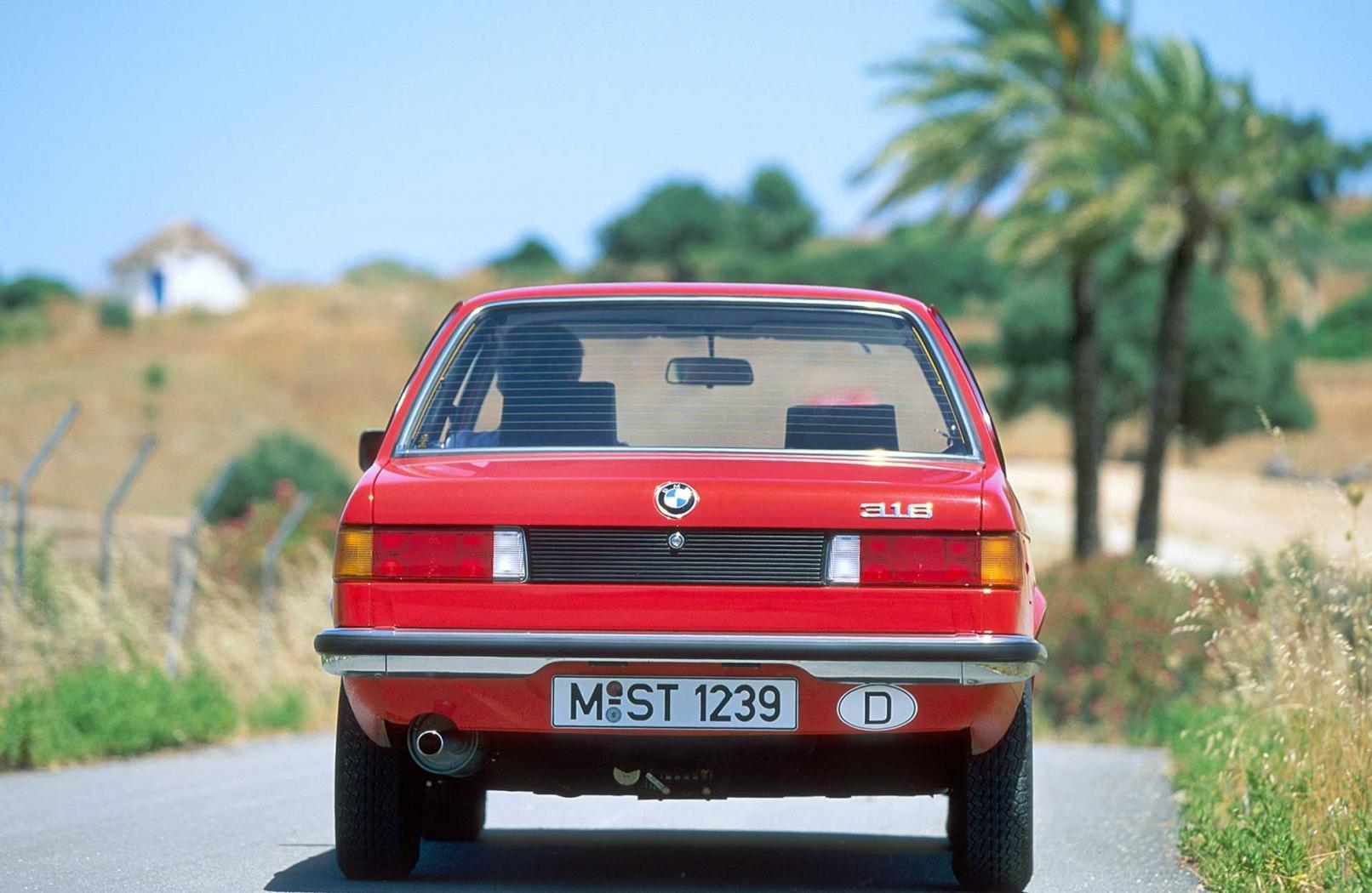 -BMW-Serie-3-E21-12-.jpeg
