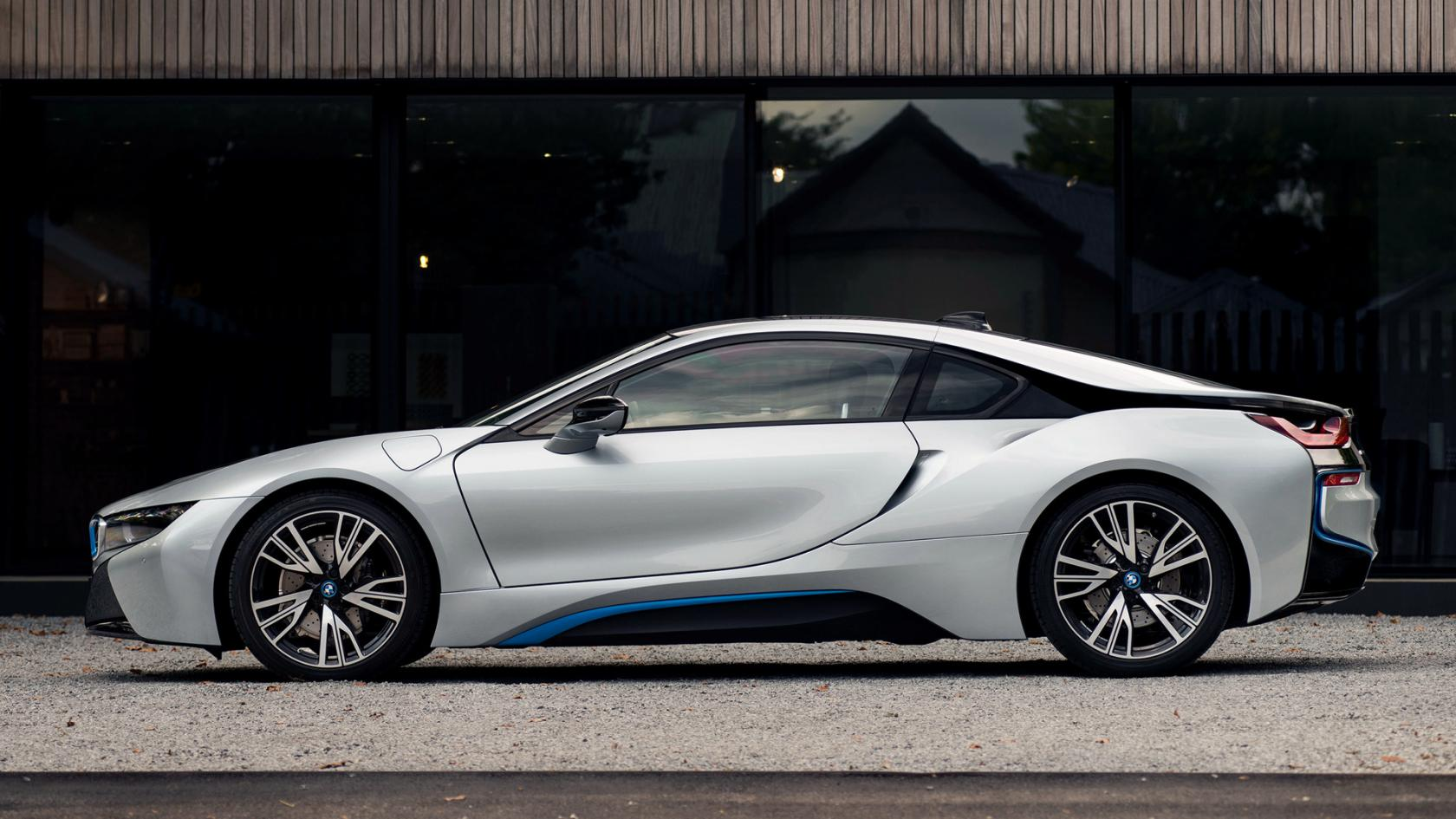 -BMW-i8--.jpeg