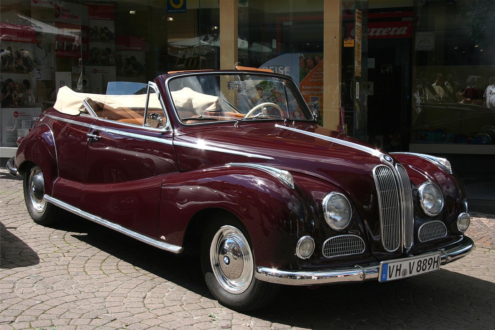 -Moteurs-BMW-six-cylindres-en-ligne-4.jpeg