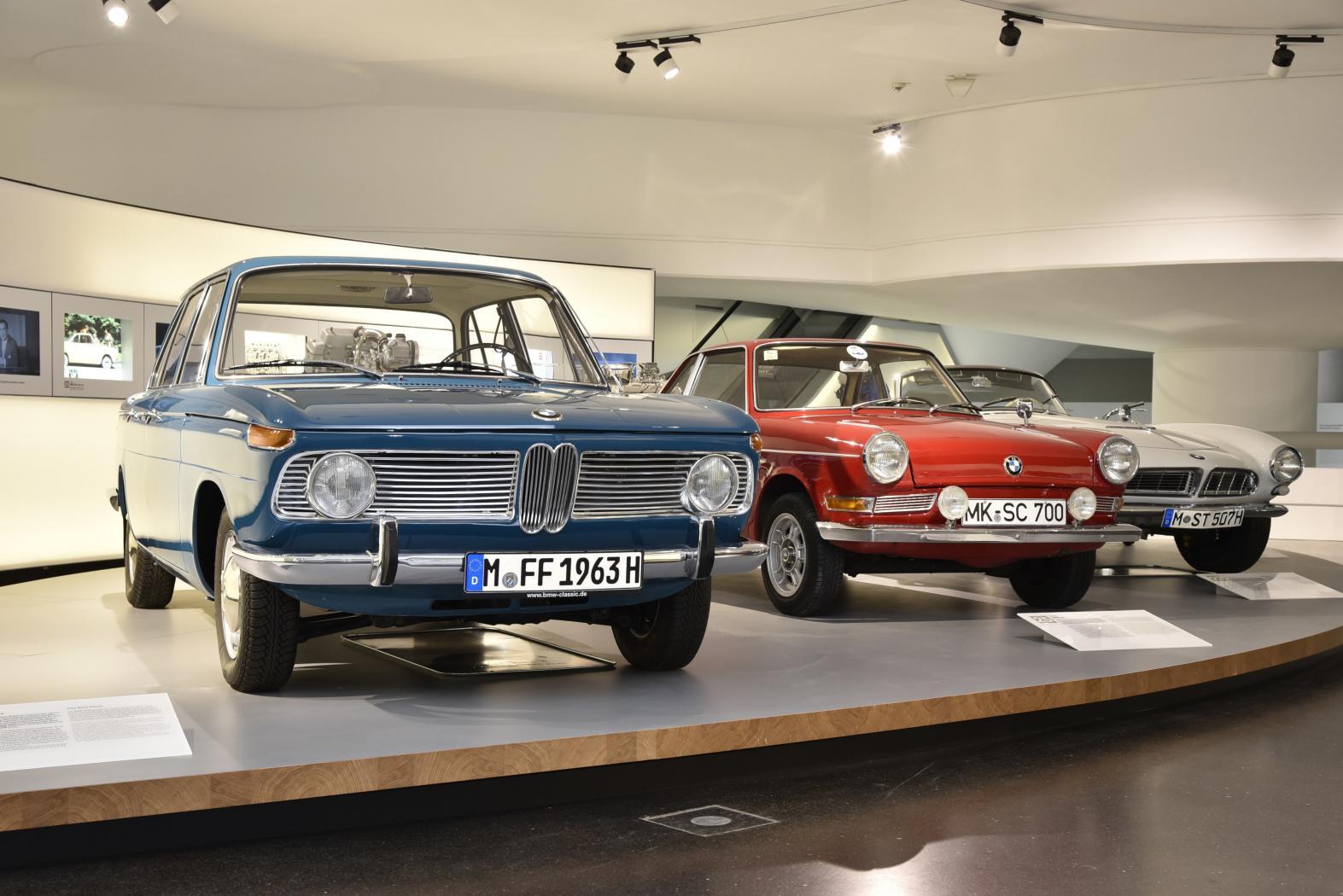 -Moteurs-BMW-six-cylindres-en-ligne-6.jpeg