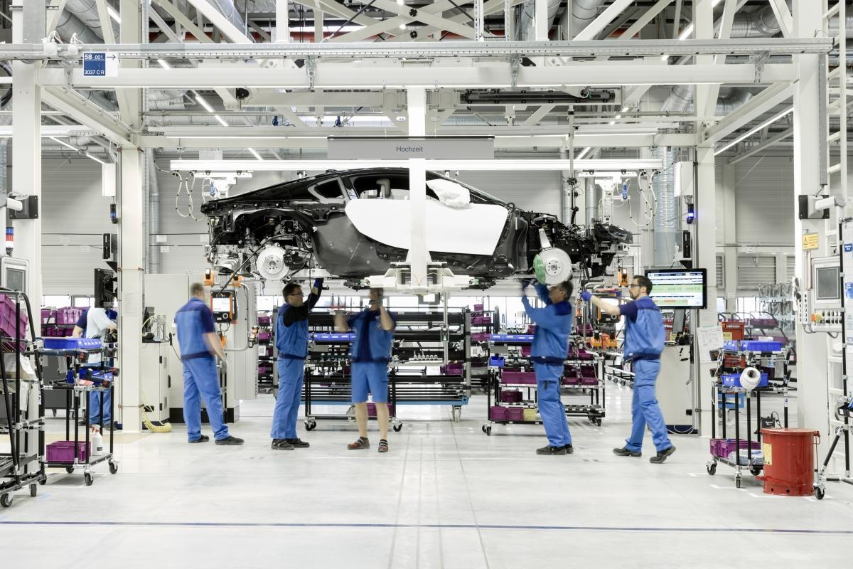 Autonomie-de-la-BMW-i8-7.jpeg