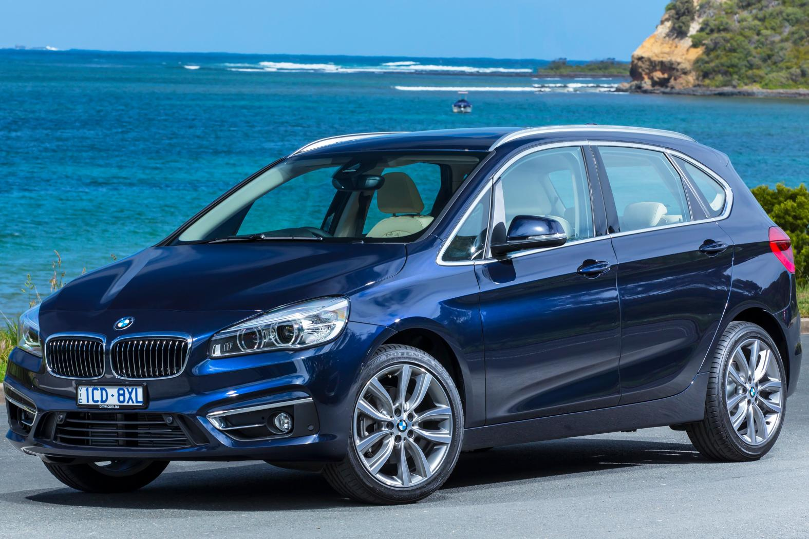BMW-Active-Tourer-Luxury.jpeg