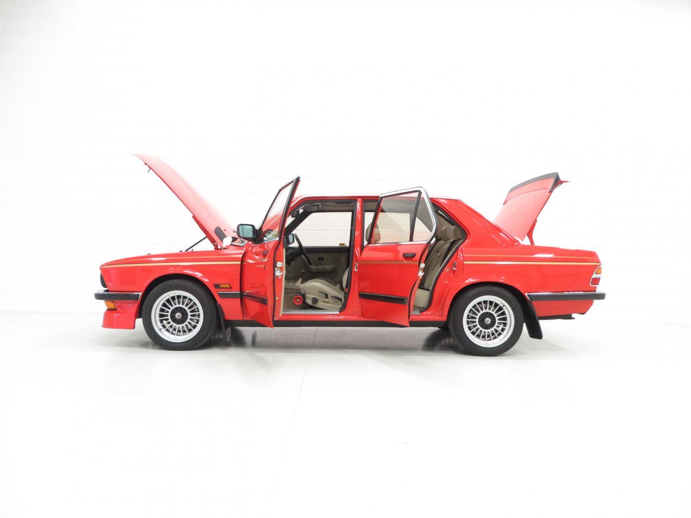 BMW-E28-1.jpeg