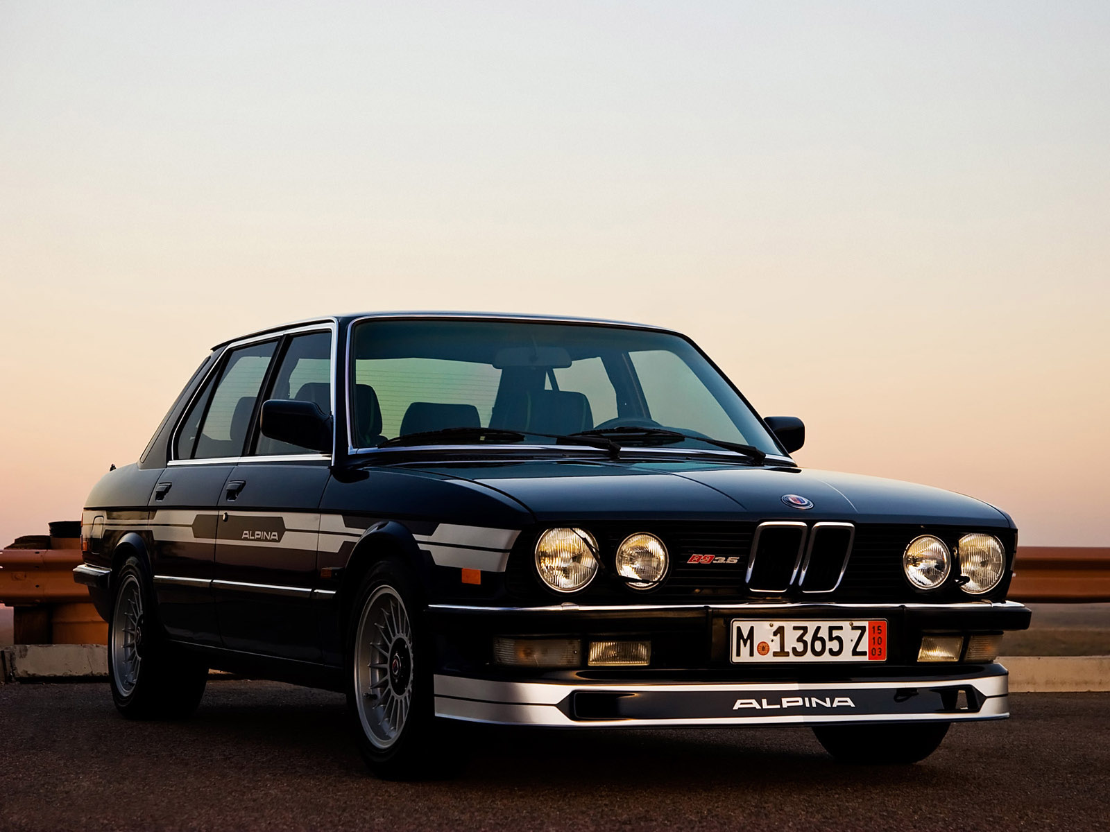 BMW-E28-12.jpg