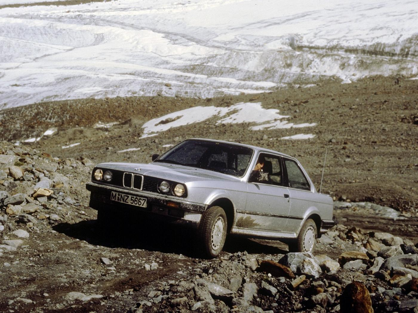 BMW-E30-325-iX.jpeg