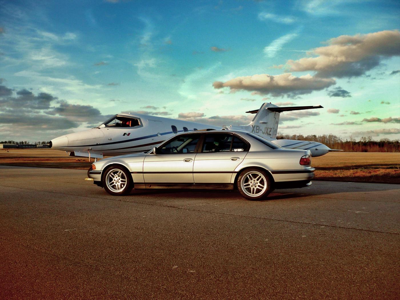 BMW-E38-7.jpeg
