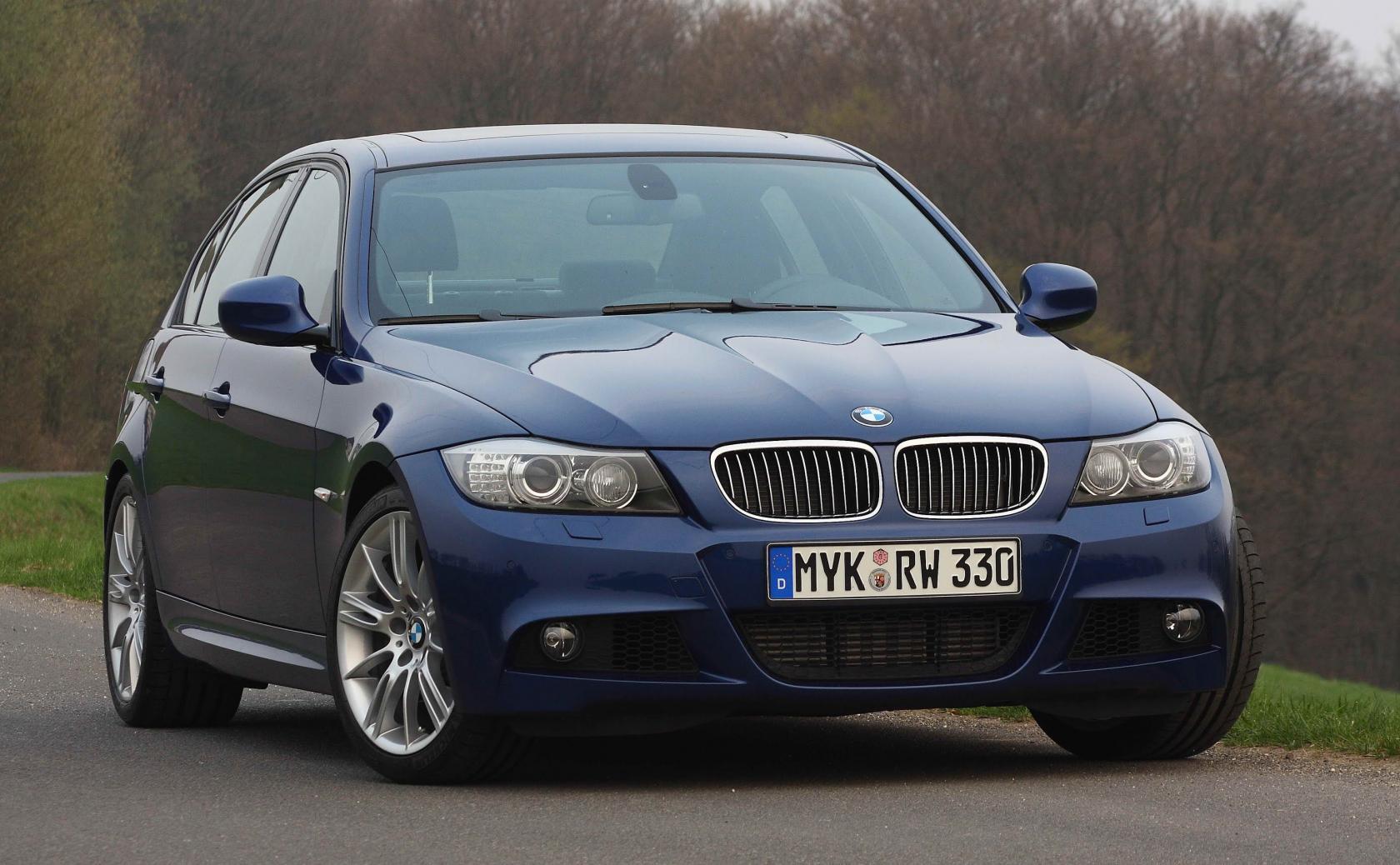 BMW-E90-.jpeg