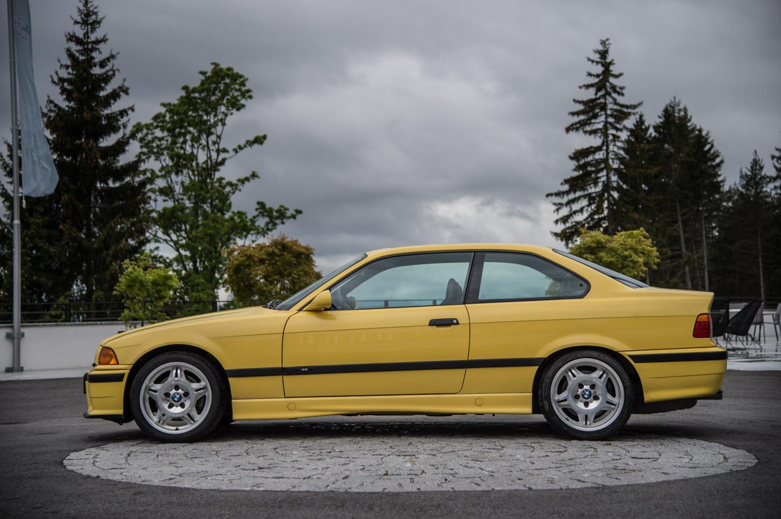 BMW-M3-E36.jpeg