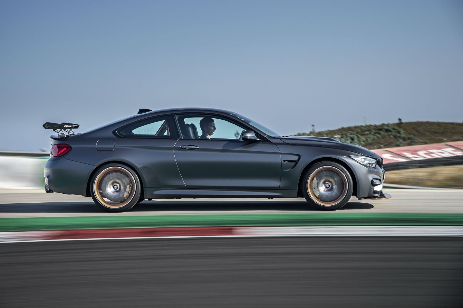 BMW-M4-GTS-.jpeg
