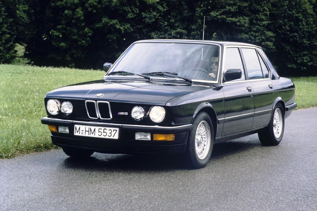 BMW-M5-E28-10.jpeg