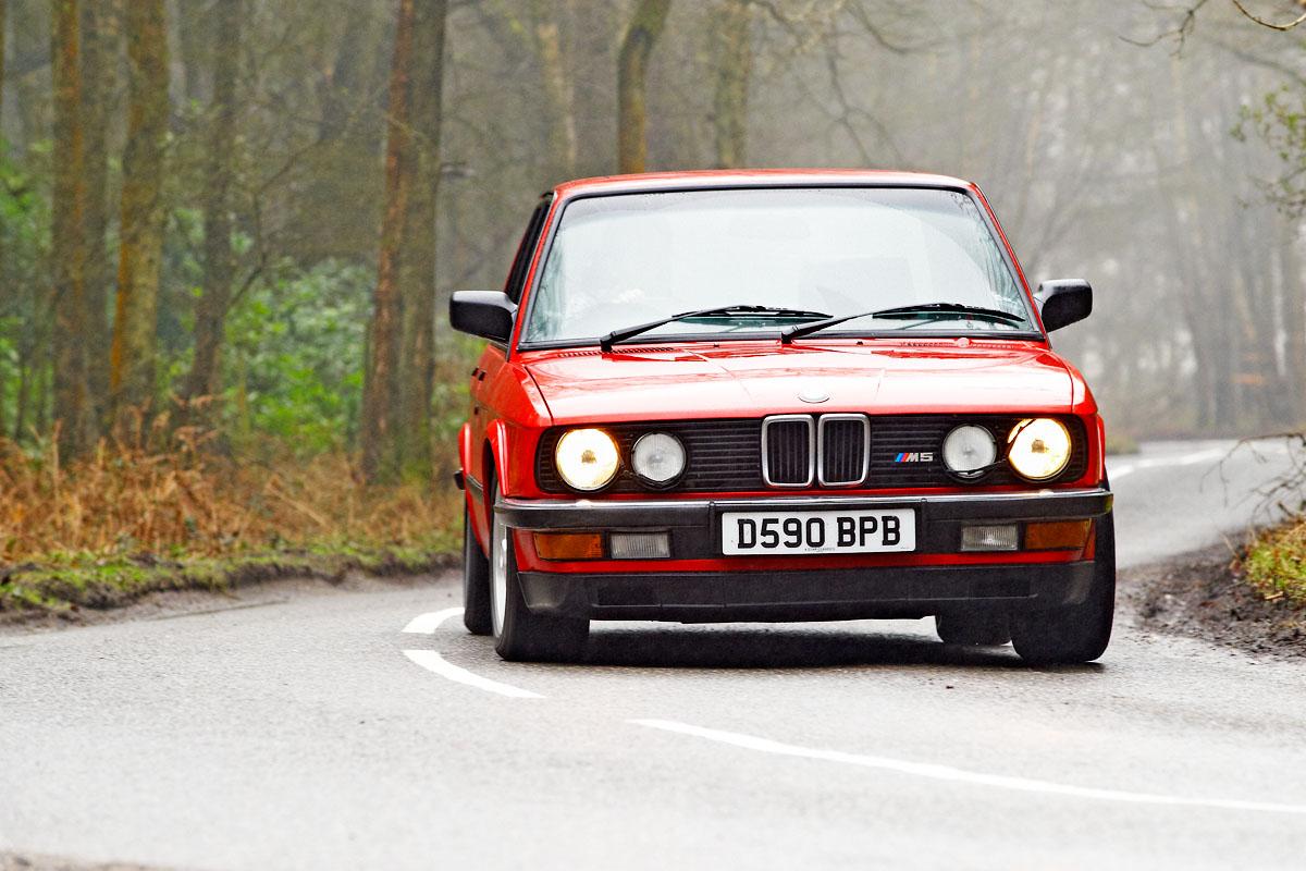 BMW-M5-E28-11.jpg