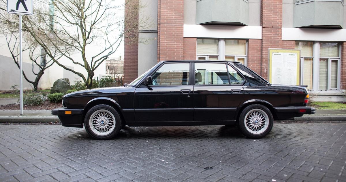BMW-M5-E28-4.jpeg