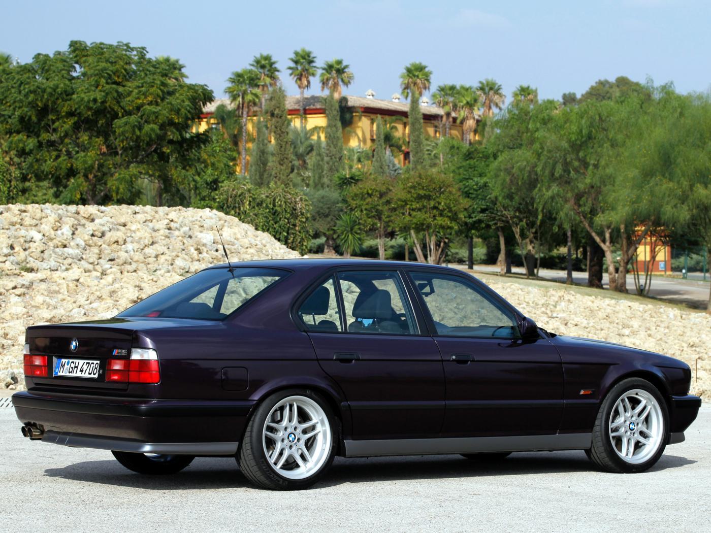 BMW-M5-E34_20170705-2306.jpeg