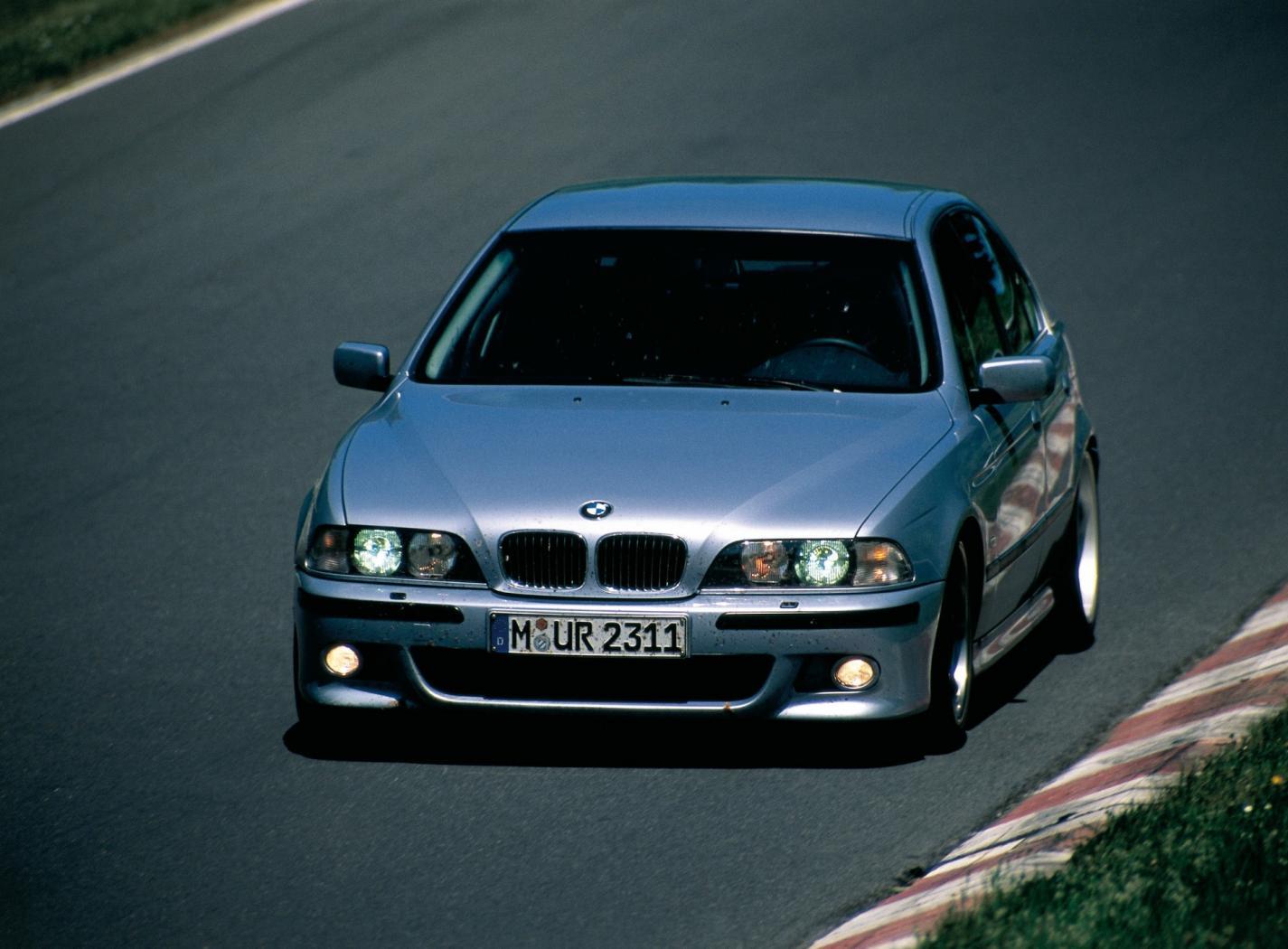 BMW-M5-E39-4_20170925-1607.jpeg