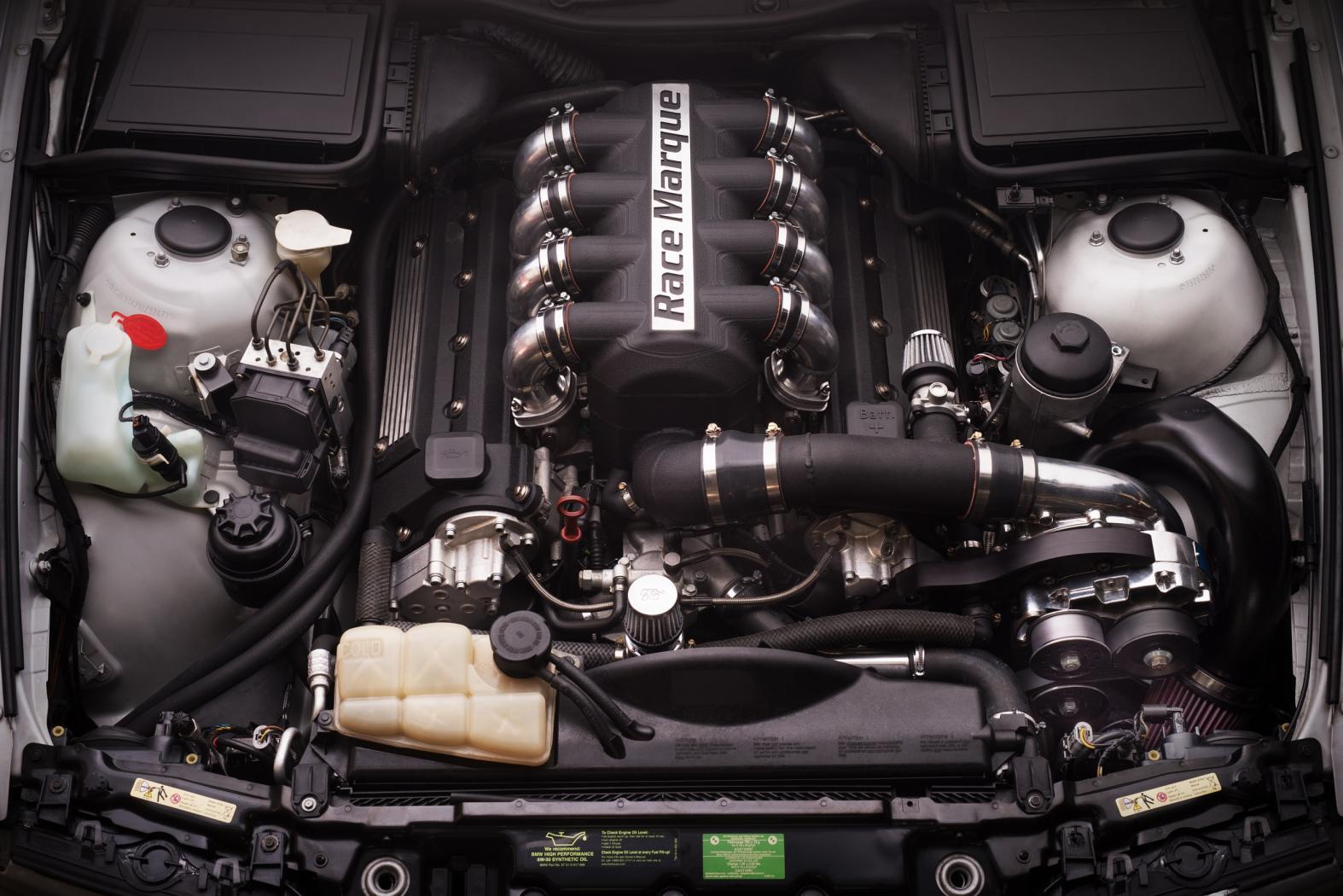 BMW-M5-E39-6