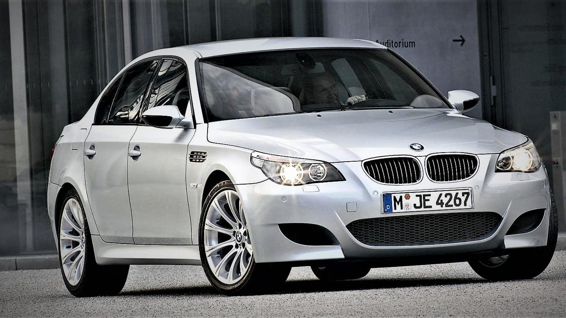 BMW-M5-E60-1