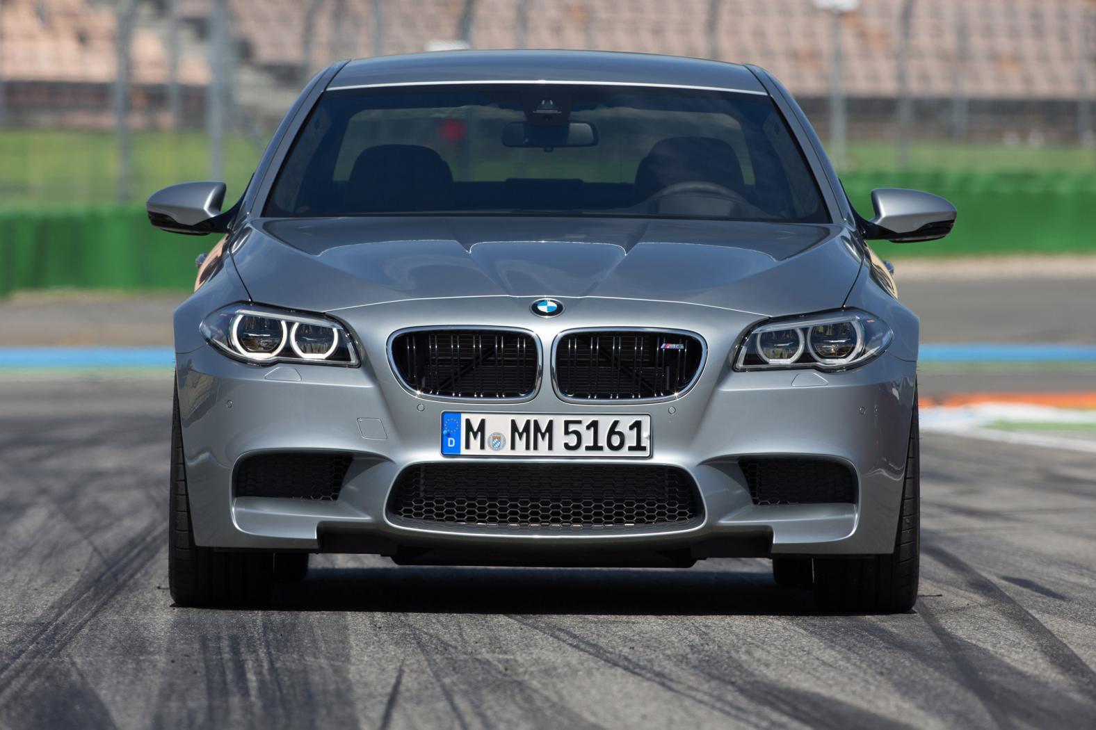 BMW-M5-F10-4.jpeg