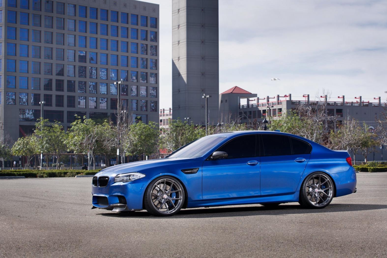 BMW-M5-F10-7.jpeg