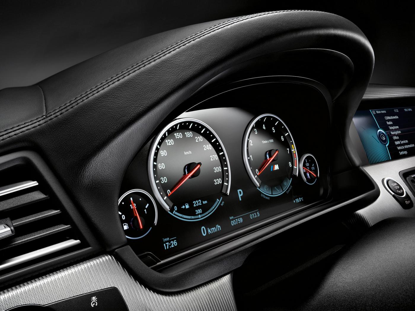 BMW-M5-F10.jpeg