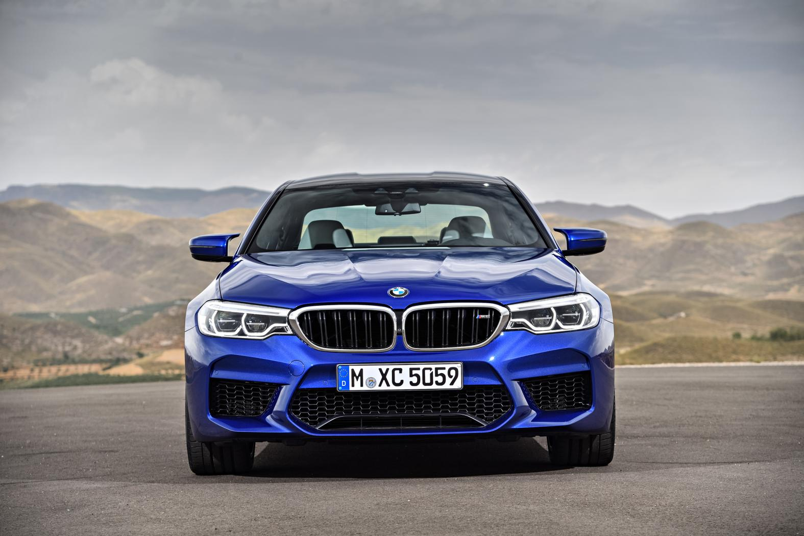 BMW-M5-F90-6.jpeg