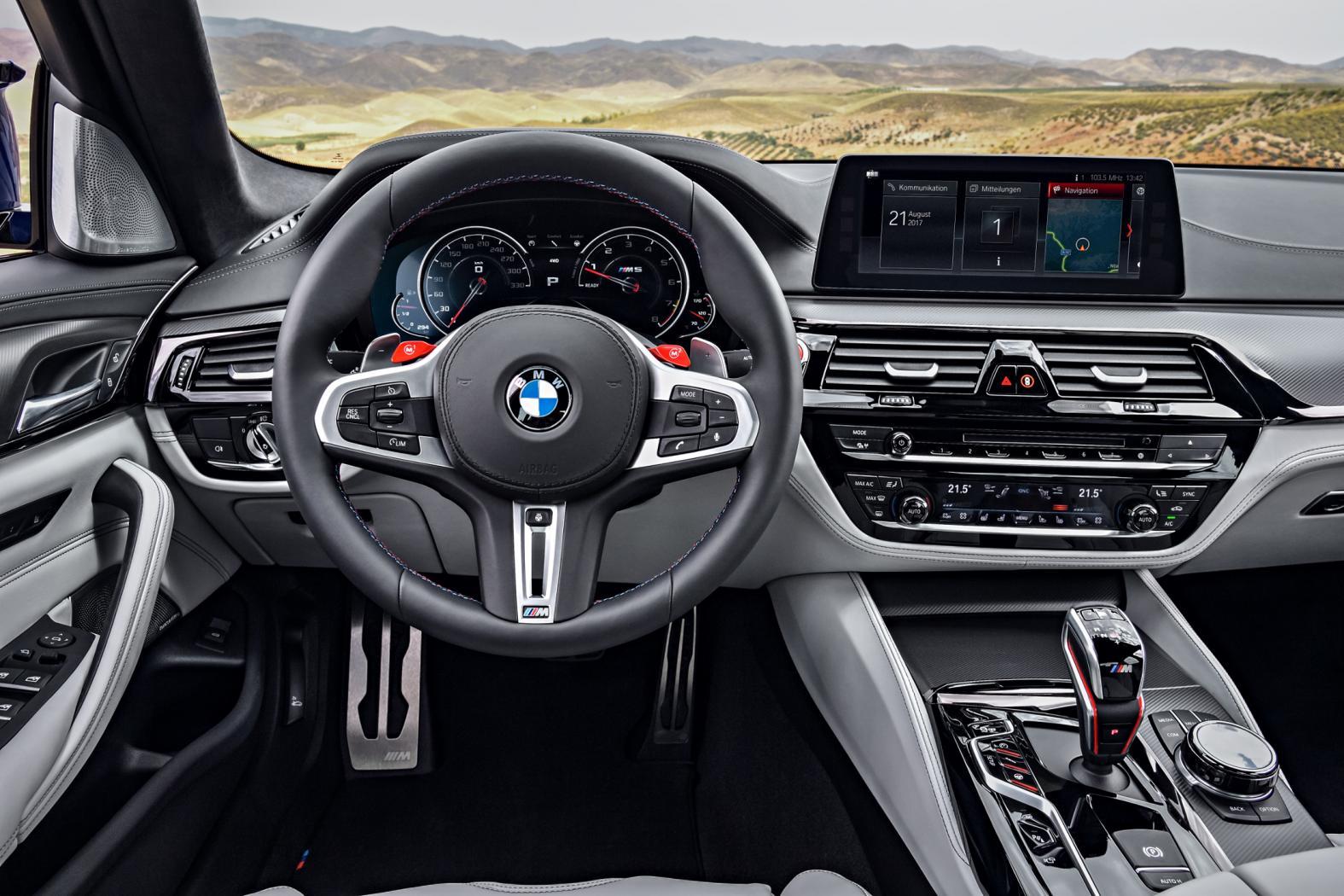 BMW-M5-F90-8.jpeg