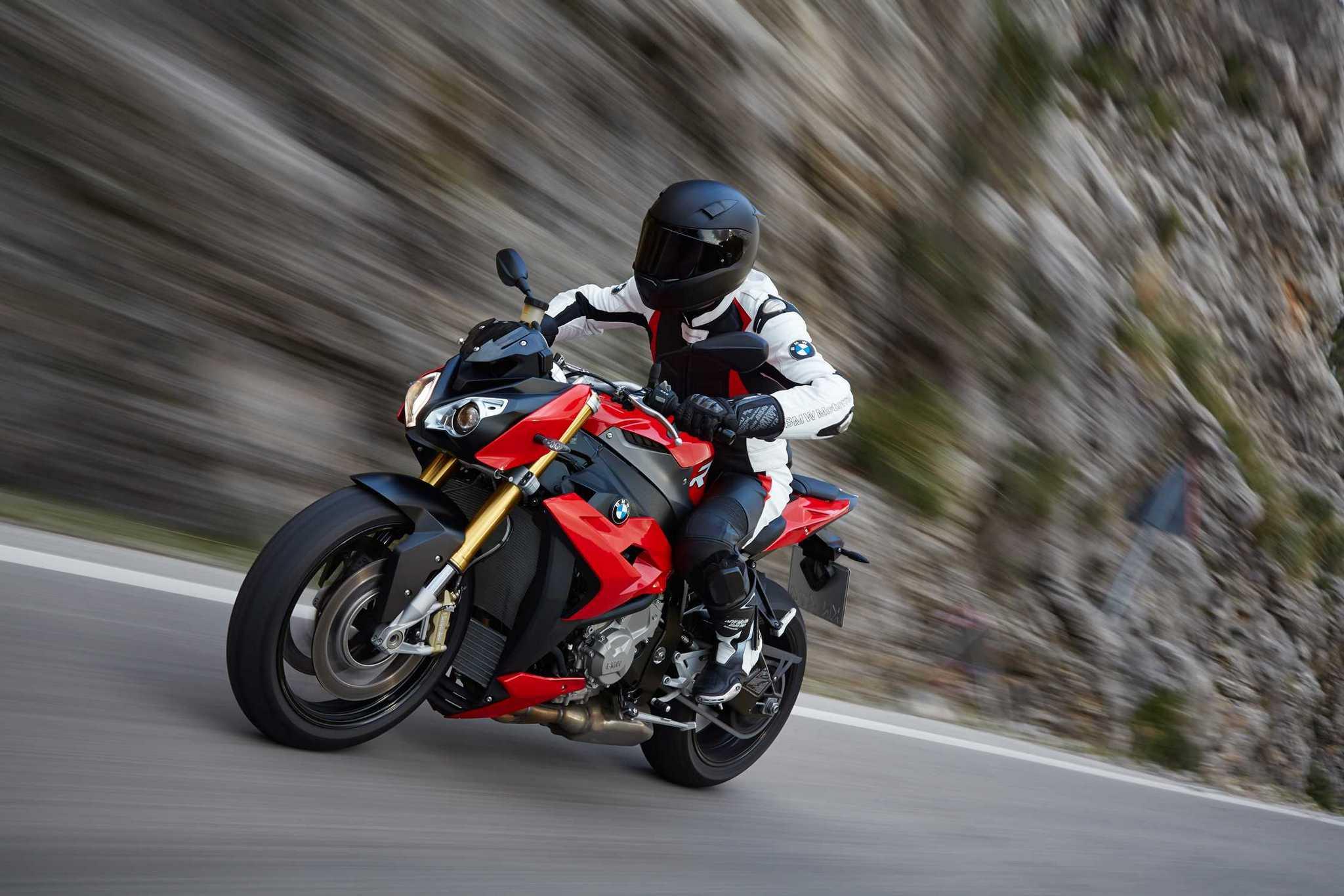 BMW-Motorrad-1.jpg