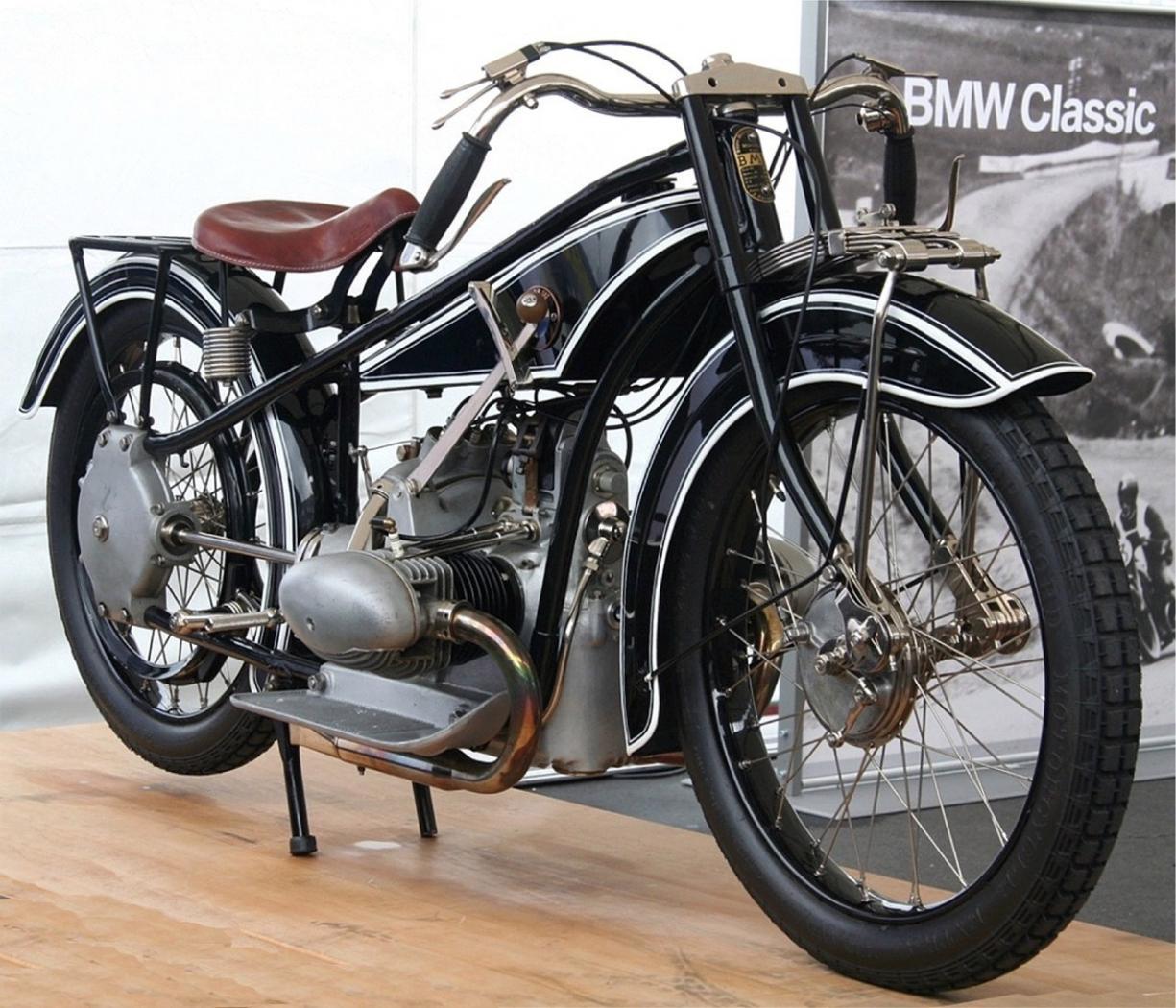 BMW-Motorrad-7.jpeg