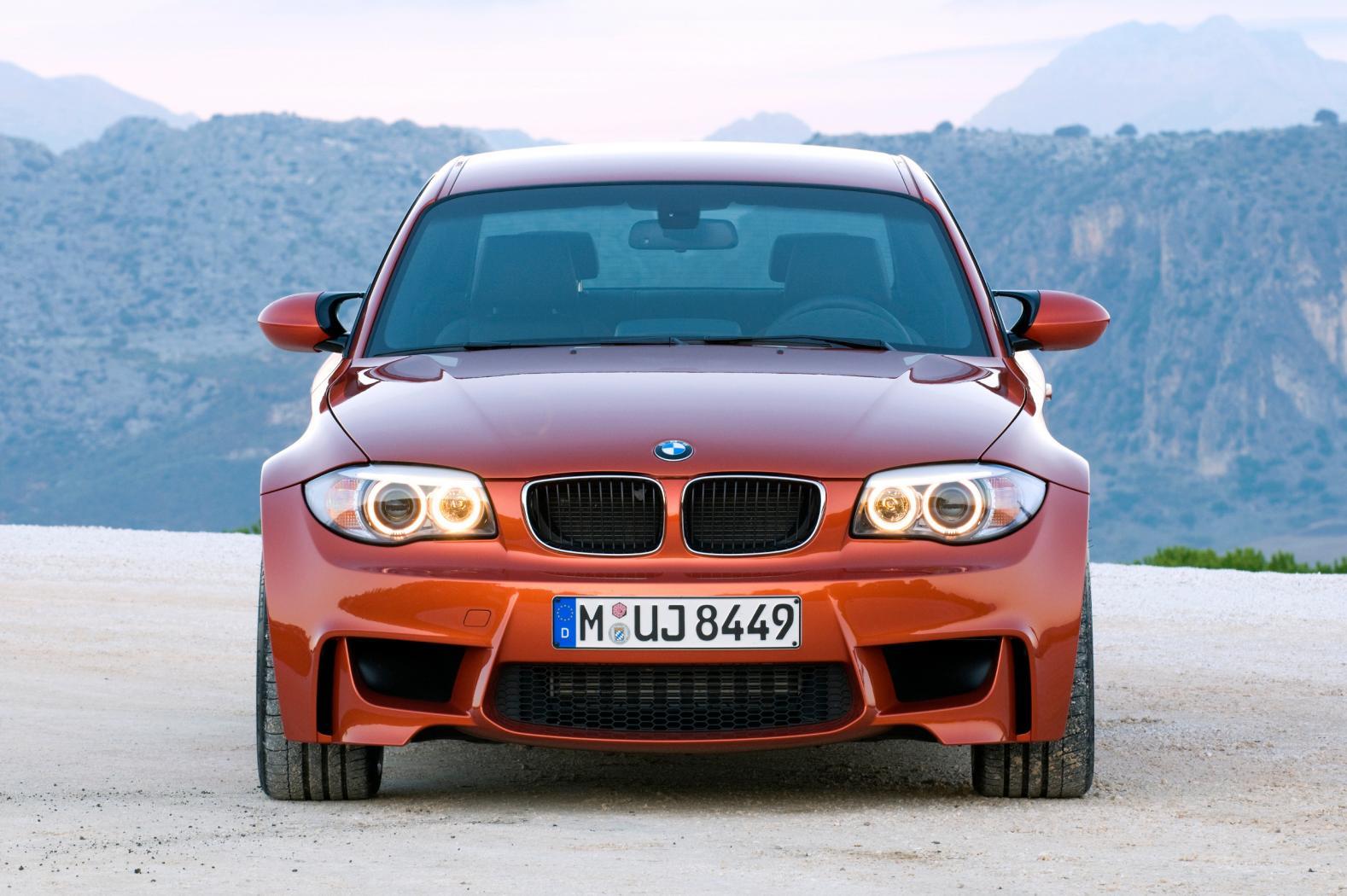 BMW-Serie-1-M-partie-avant.jpeg