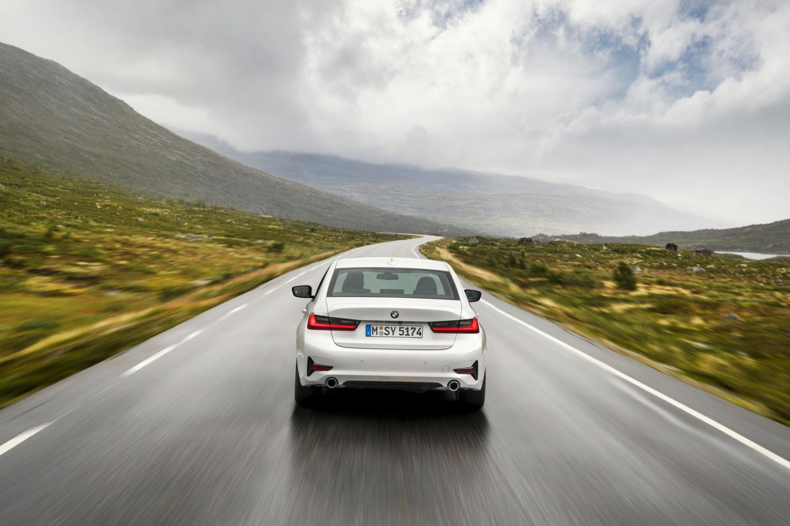 BMW-Serie-3--G20-une-nouvelle-generation-plus-sportive-et-mieux-equipee-6.jpeg