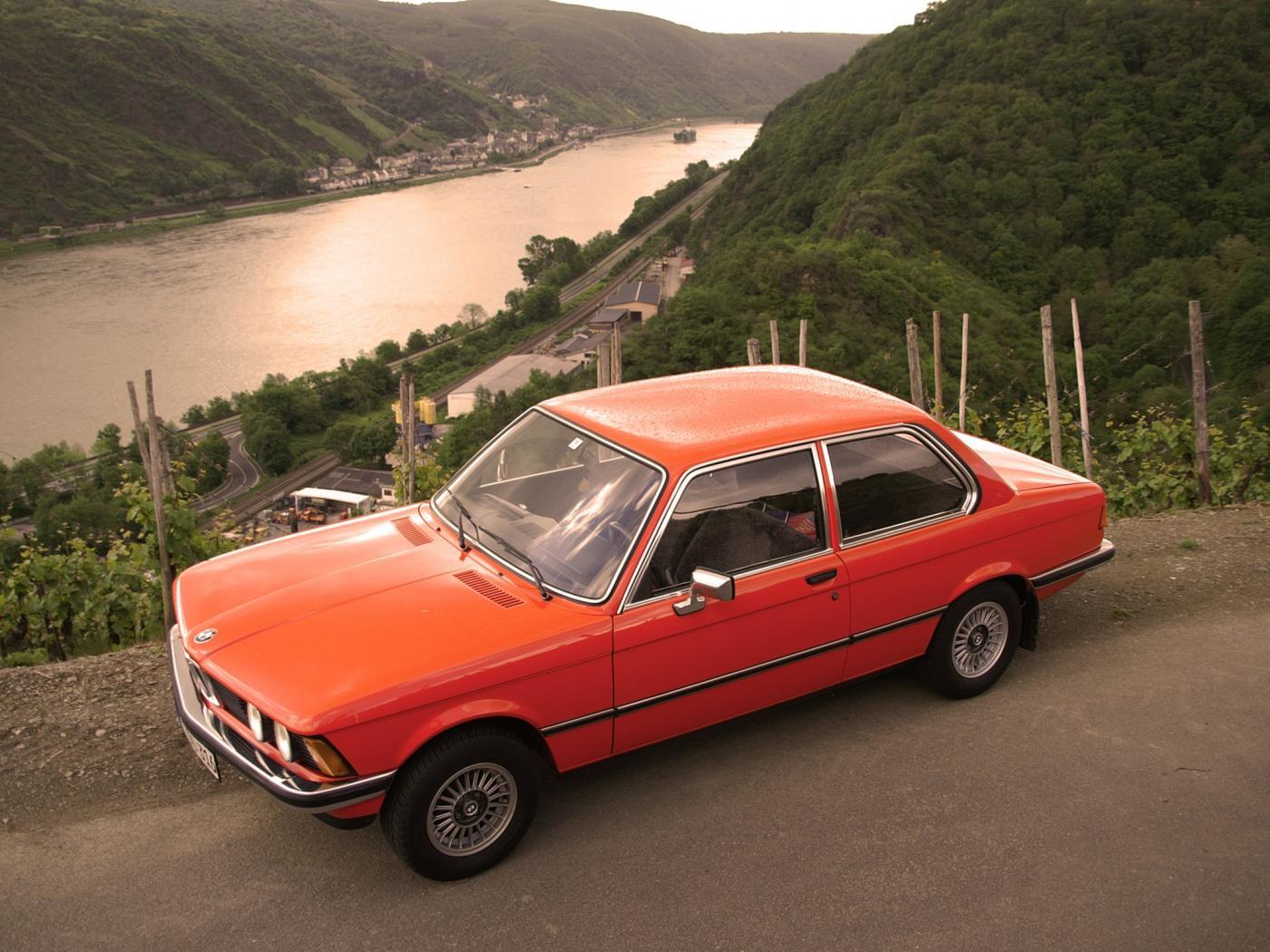 BMW-Serie-3-E21-1.jpeg