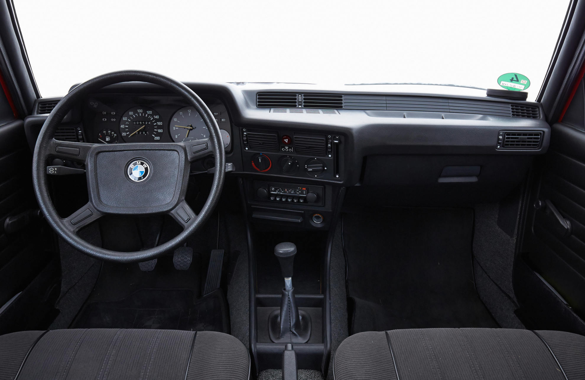 BMW-Serie-3-E21-7.jpg