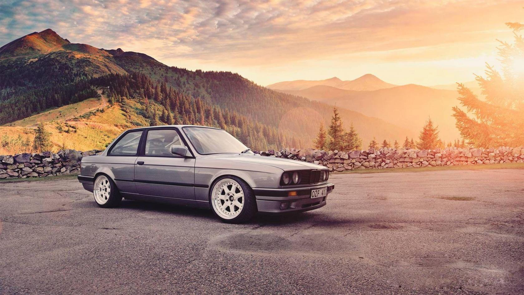 BMW-Serie-3-E30-deux-portes.jpeg