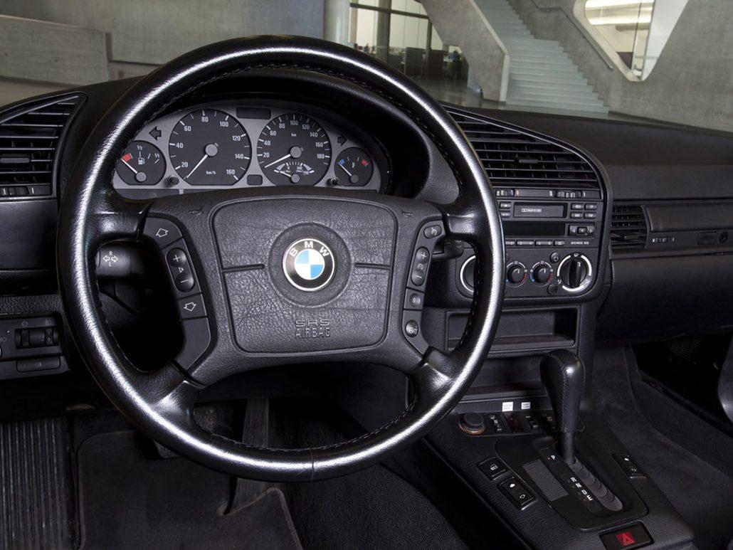 BMW-Serie-3-E36-2