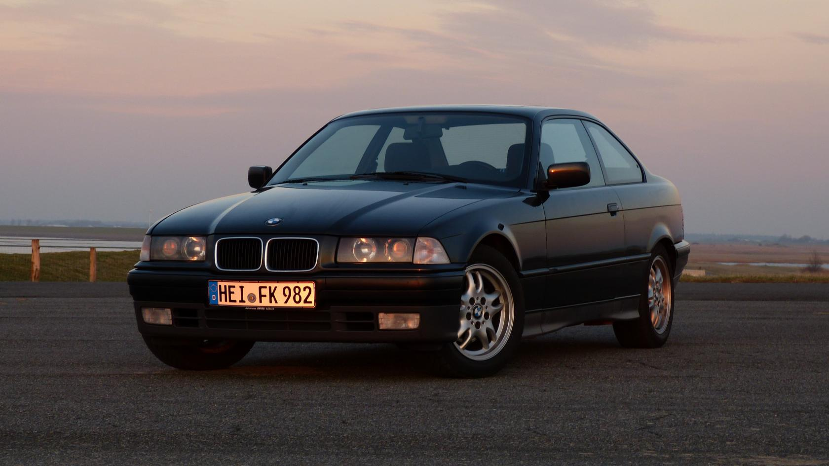BMW-Serie-3-E36-Coupe.jpeg