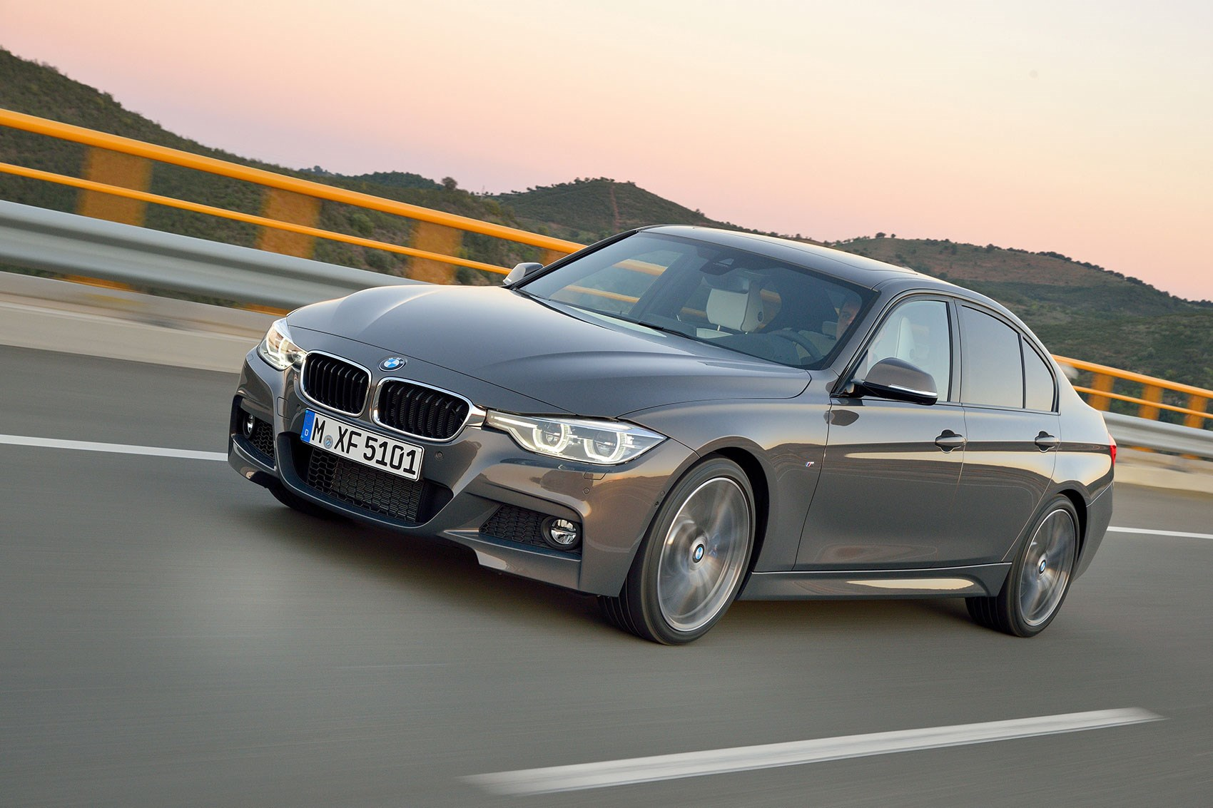 BMW-Serie-3-F30.jpg