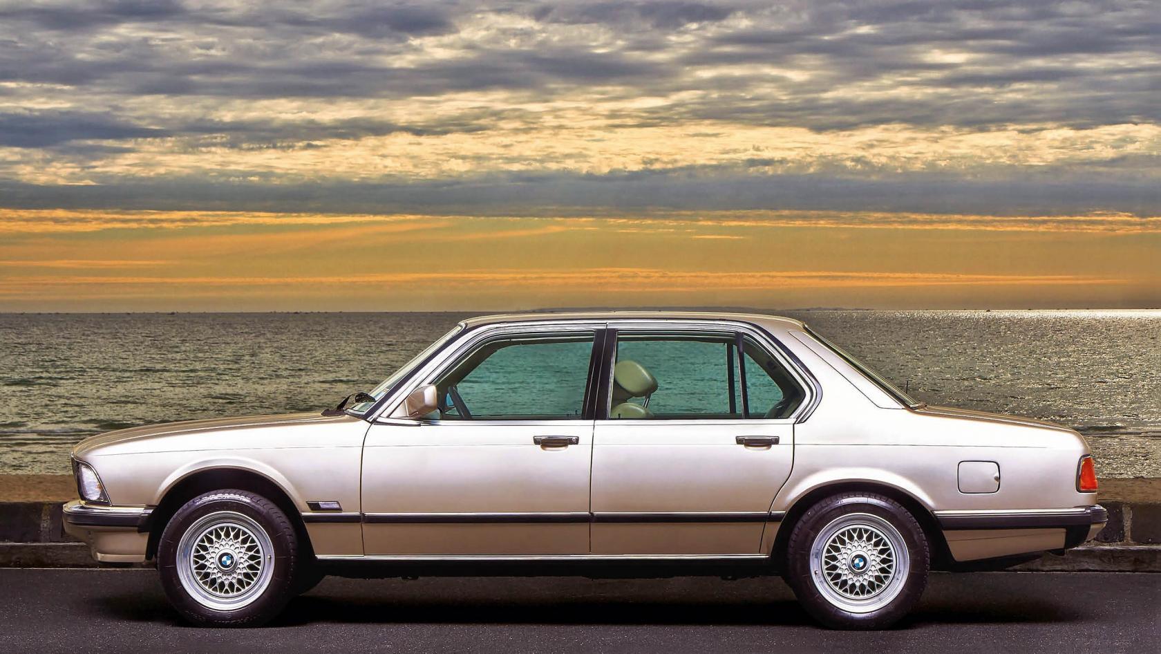 BMW-Serie-7--E23-10.jpeg