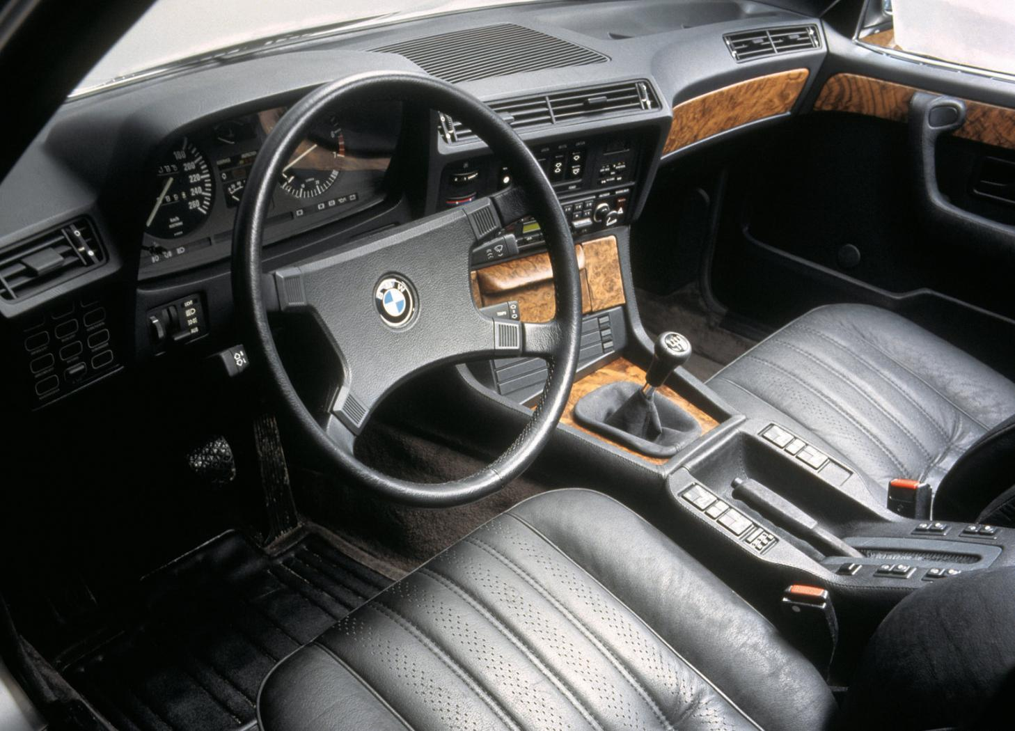 BMW-Serie-7--E23-7.jpeg