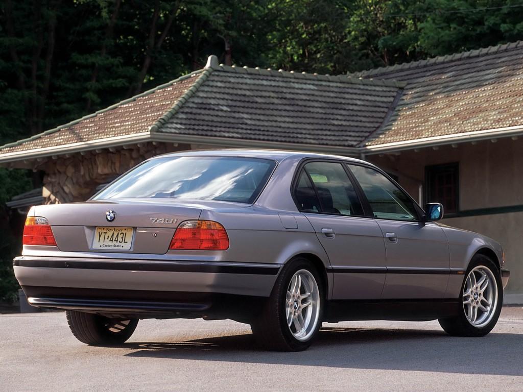 BMW-Serie-7-E38-3