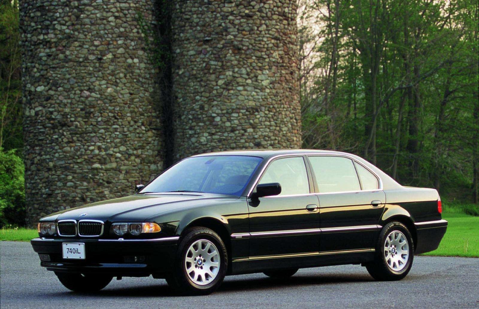 BMW-Serie-7-E38-5