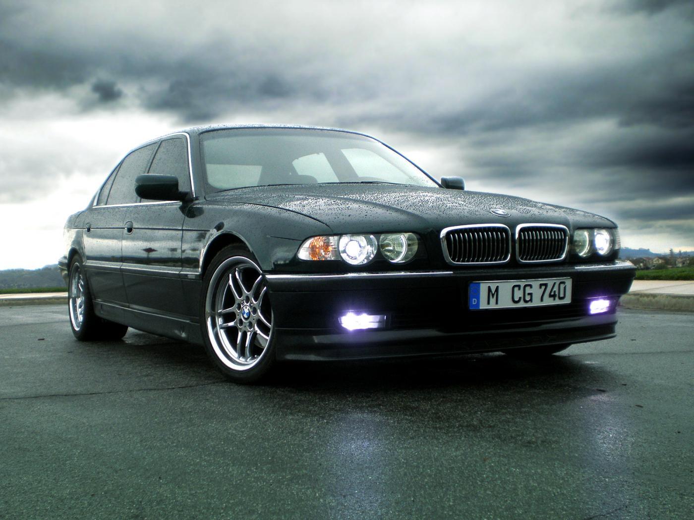 BMW-Serie-7-E38-6