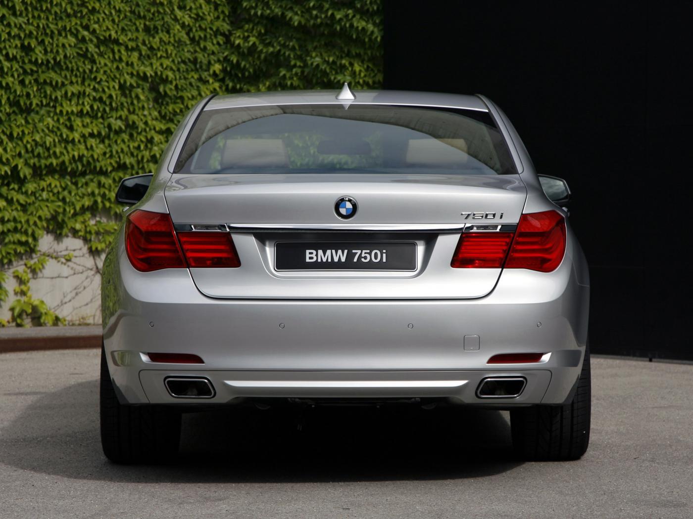 BMW-Serie-7-F01-4.jpeg