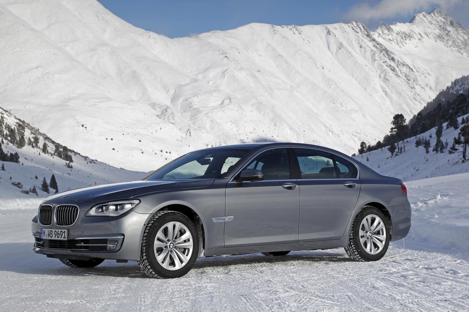 BMW-Serie-7-F01-8.jpeg