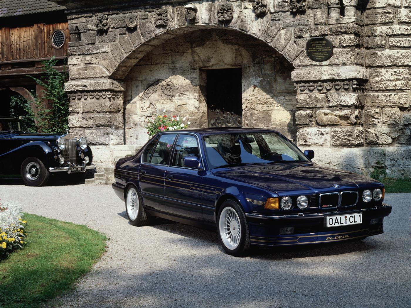 BMW-Serie-7-e32-12.jpeg