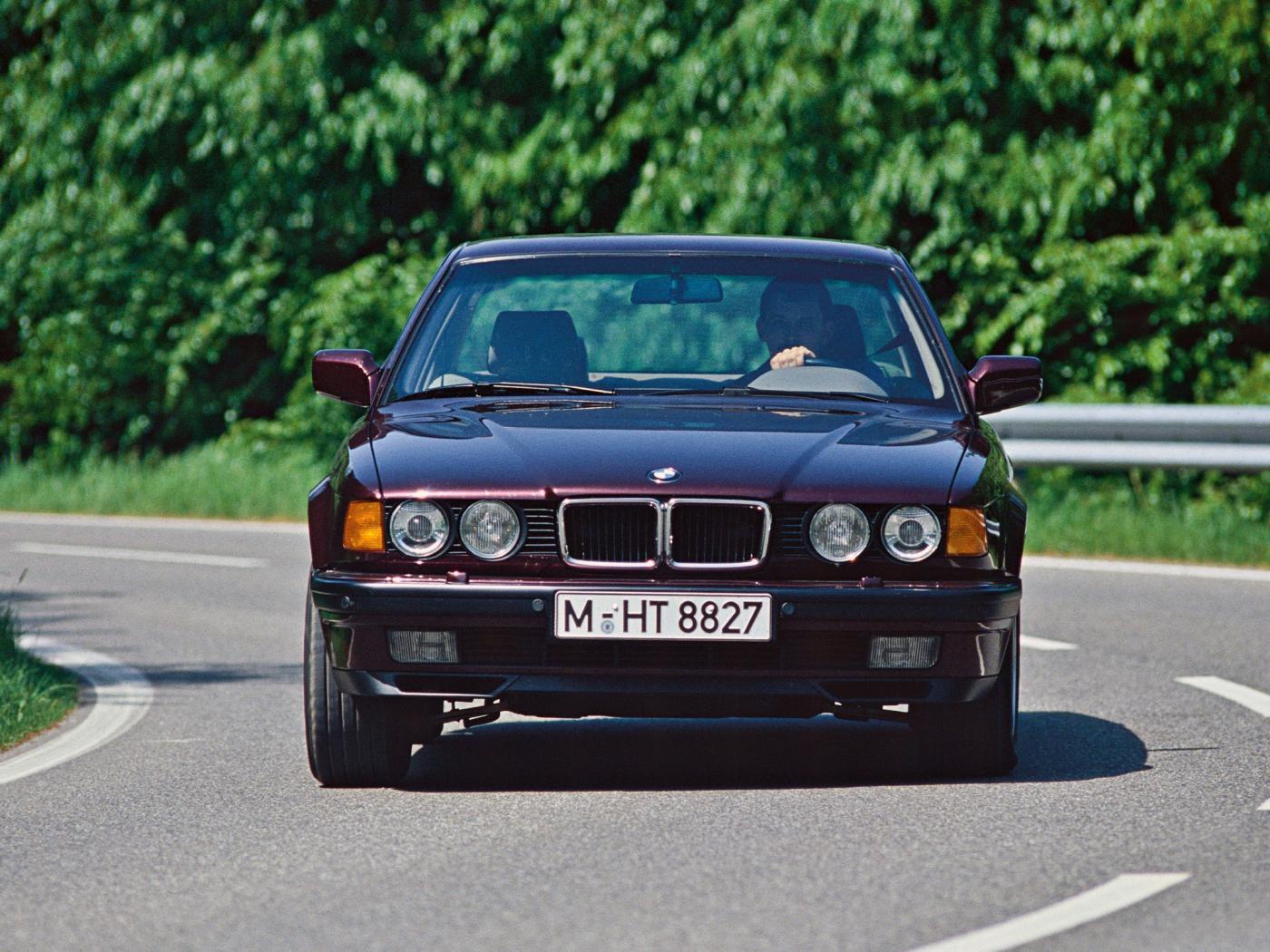 BMW-Serie-7-e32-2.jpeg