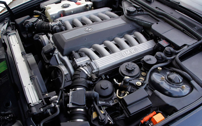 BMW-Serie-7-e32-8.jpeg