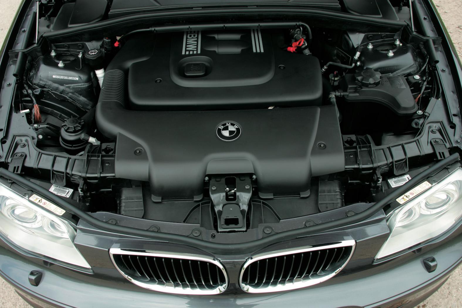 BMW-Serie1-E87-Casse-chaine-distribution-3.jpeg