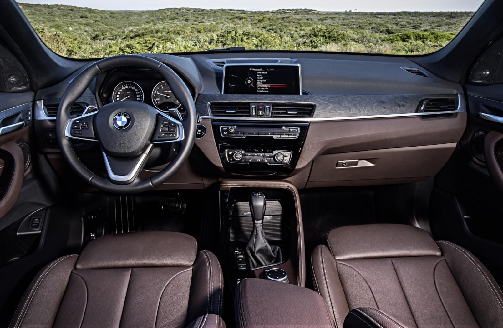 BMW-X1-F48-11.jpeg