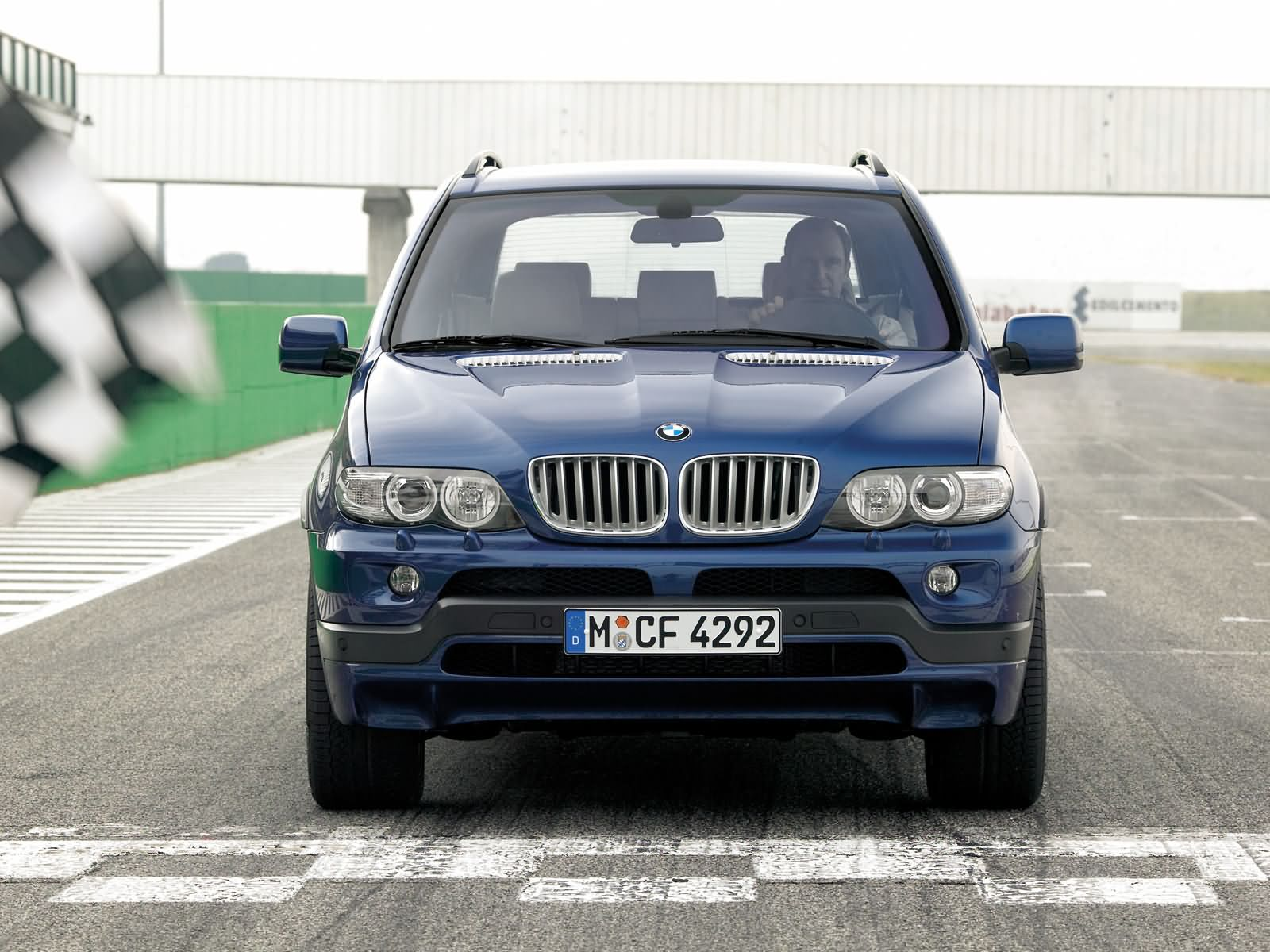 BMW-X5-E53-9.jpg